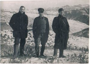 Суфи-Курган, Памир. Ноябрь 1938. Зальцман - справа.