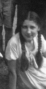Татьяна Лебедева, племянница Павла Зальцмана. Париж. 1930-е, конец.