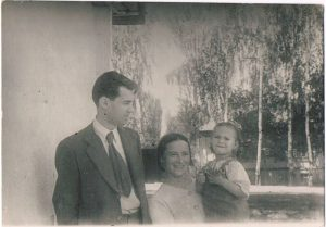 Rosa, Lotta and Pavel Zaltsman. Alma-Ata. June 1944.