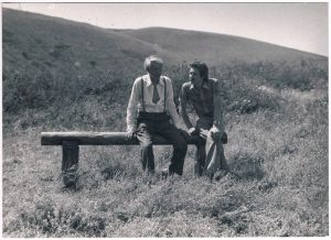 П.Я. на съемках фильма «Ход конем». Алма-атинские предгорья. 1980.